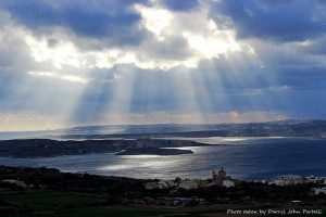 Golden rays of light shine down upon Malta! A big thanks to Darryl John Portelli for this lovely pic taken from Nadur Gozo early yesterday morning.